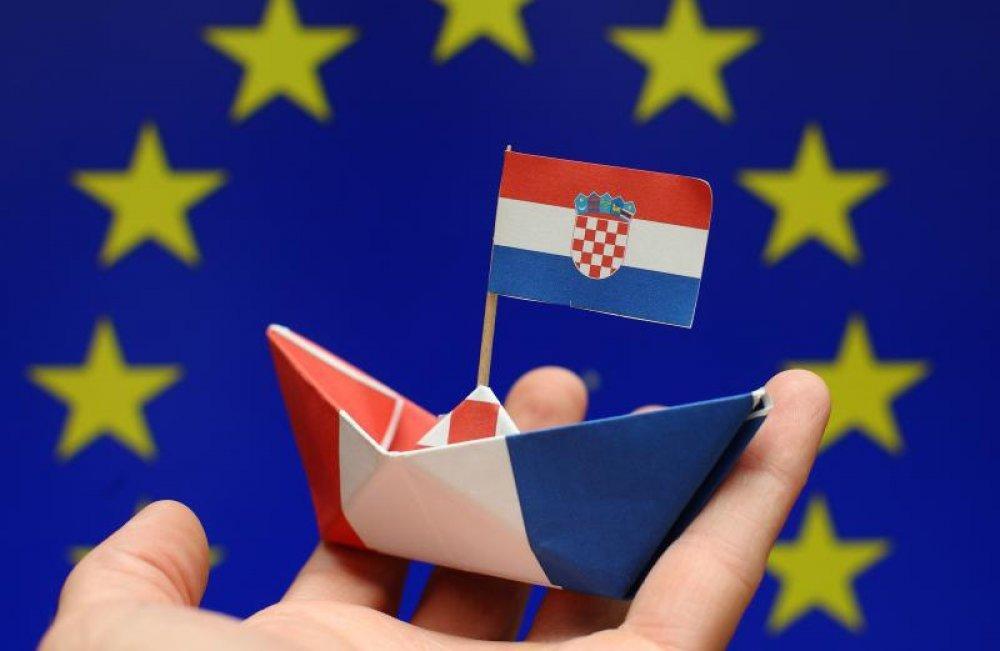 (Hrvatski) Financijska pomoć sektoru ribarstva glede COVID-19